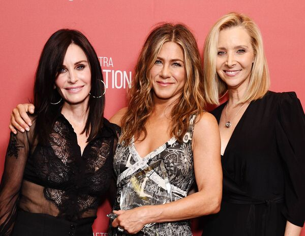 Friends stars Courteney Cox, Jennifer Aniston and Lisa Kudrow