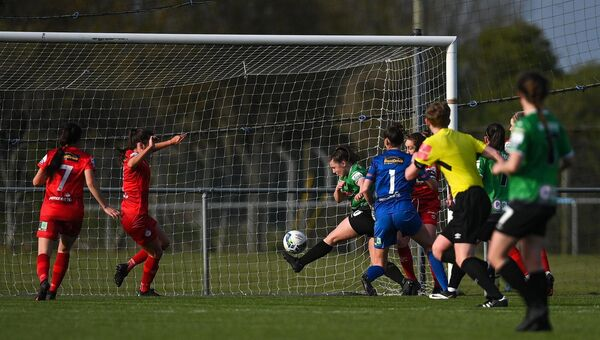 Eleanor Ryan-Doyle of Peamount United shoots to score her side's first goal. Picture: Ramsey Cardy/Sportsfile