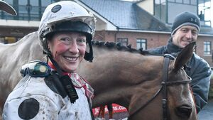 Jockey Lorna Brooke dies after Taunton fall