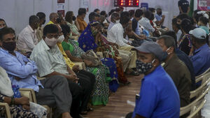 India reports new record number of coronavirus cases and deaths
