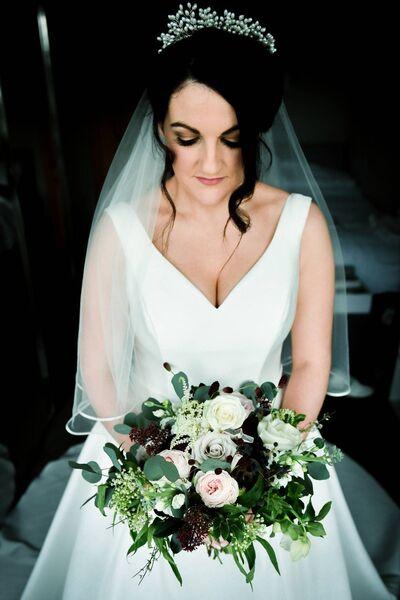 Mariée Stephanie Egan - sa robe est de Finesse à Listowel