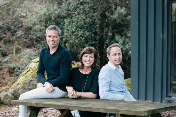 Orla, Mark y David Van den Berg o Max Benjamin