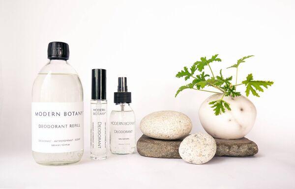 Productos desodorantes modernos de la botánica