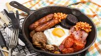 full irish breakfast in a cast iron pan