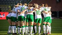The Ireland team huddle just before kick-off 11/4/2021