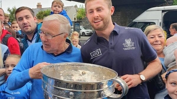 Jack McCaffrey and Cllr Christy Burke with the Sam Maguire trophy today.