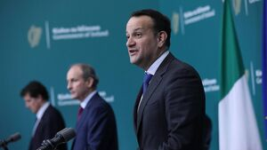 Support for Fine Gael rises to 30% while Fianna Fáil struggles at 13%
