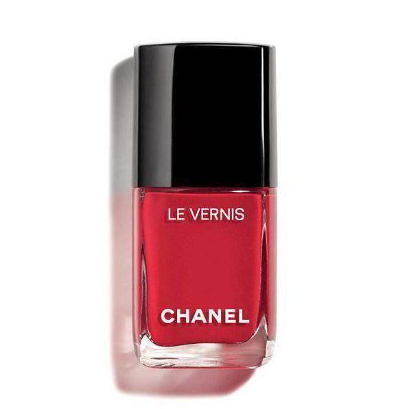 Chanel Le Vernis Longwear nail polish in Sailor 749, € 27 at Brown Thomas