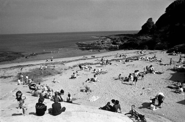 Enjoying a beautiful summer day at Myrtleville Beach, Co Cork in June 1977. Photo: Irish Examiner Archive / Ref 101/199