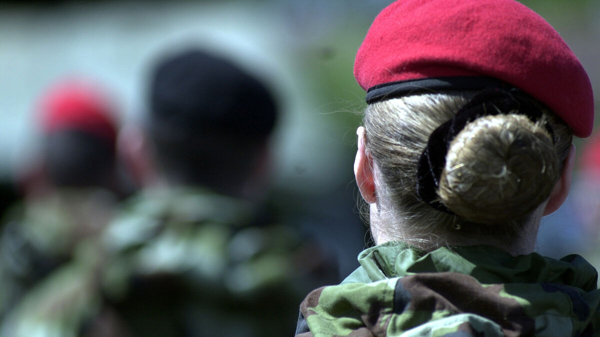 Bullying and sexual assault of women in Defence Forces a systemic problem, says whistleblower