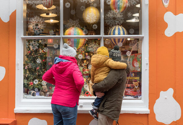 The advice to the public before Christmas is clear: buy now, and not just for expensive gifts.  File image;  David Creedon / Anzenberger