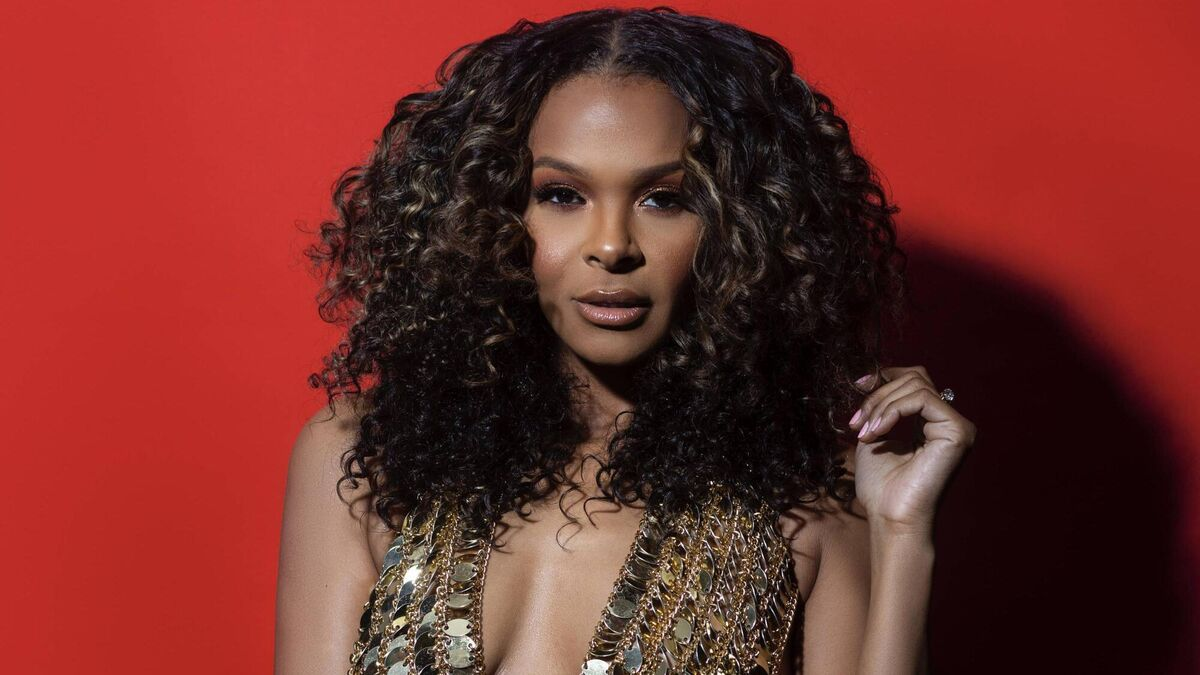 Samantha Mumba: If I lived in Ireland now, I wouldn't be having guns in my house