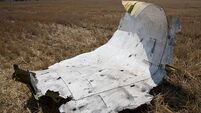 MH17 crash site 'still unsafe for investigators'