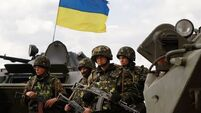 Ukraine 'captures 10 Russia soldiers'