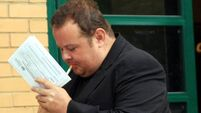 Snooker star Lee admits fraud charge