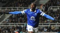 Everton shoot down Magpies