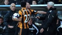 Magpies fans tell Pardew to 'lead by example'