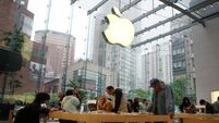 Patent ruling to help Apple