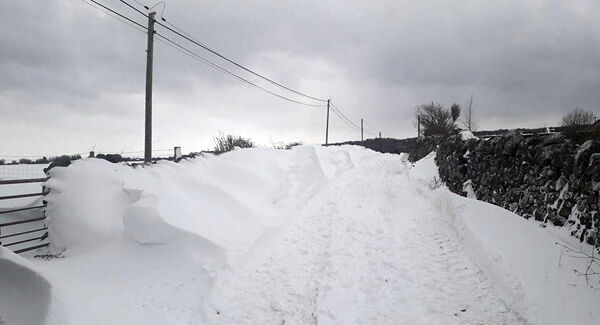 Large snow drifts on the road at St John's National School, South Roscommon. Thanks to Claire Kelly for the impressive picture.