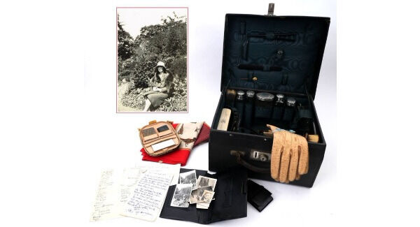 Kitty Kiernan Cronin's vanity case and pic of her at Beal Na Bath Whyte's auction
