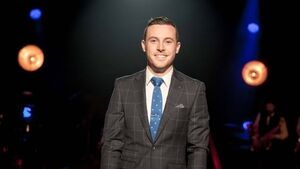 Nathan Carter is keeping it country
