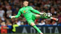Everton agree £30m fee for 'keeper Pickford