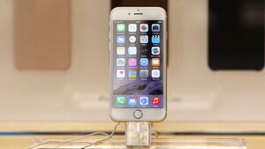 New iPhone 6 launches in Ireland as Apple apologises for software bug