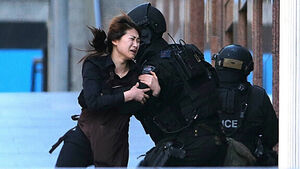 Sydney hostages 'forced to call media'