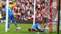 Sunderland plummet to eight-goal defeat, Chelsea win and Arsenal draw