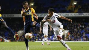 Stunning Lamela goal lights up easy Spurs win