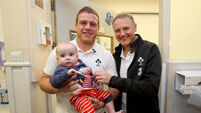 VIDEO: Irish rugby team pay visit to Temple St Children's hospital