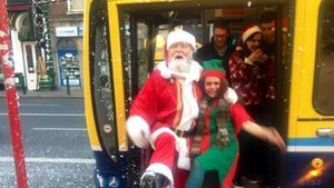 Linda Martin serenades the number 16 Dublin bus
