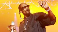 Snopp Dogg becomes a granddaddy