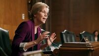 Warren challenges Biden for top spot in Democratic primary polls