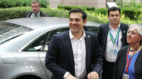 Tsipras defeats no-bailout party rebels