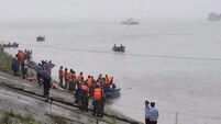 400 still missing in China boat tragedy