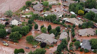 Seven killed as flash floods  hit US